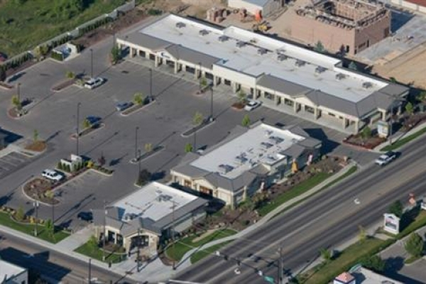 ponderosa-plaza-boise-id-roof-maintenance-by-upson-company16556095-FE88-C02C-E1FA-4ABB880F7D6C.jpg